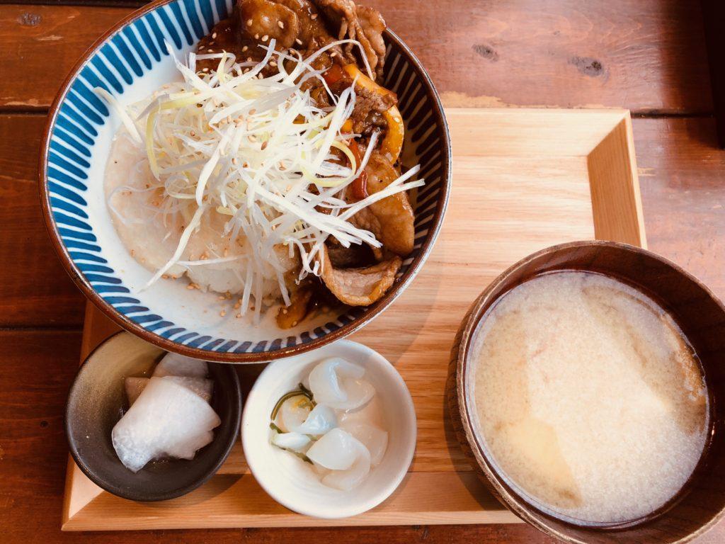 出汁とろろの牛カルビ丼 @kawara CAFE&DINING