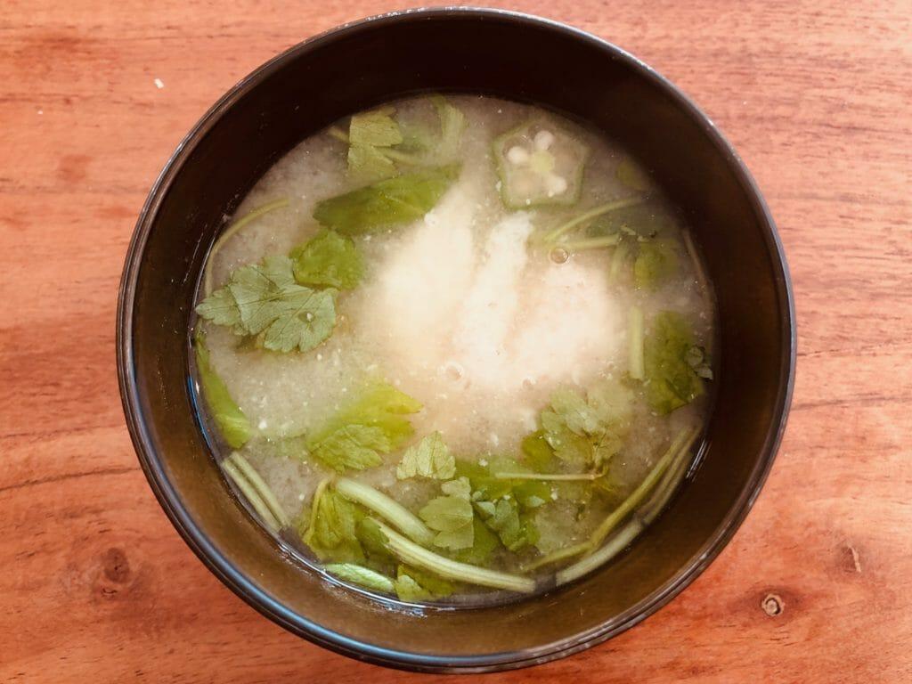 長芋とオクラのトロトロ味噌汁